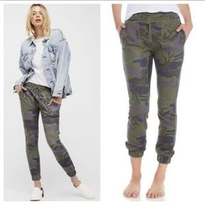 Free People Camo Jogger Sweatpants XS
